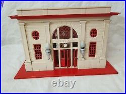 1935 42 Lionel Prewar 115 Tin Litho Lionel City Station, Cream / Red Tested