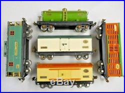 5 Prewar Lionel Freight Cars 813 Cattle 814 Box 814R Reefer 815 Tank 817 Caboose