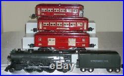 LIONEL PREWAR 146 0 GAUGE TINPLATE SET with 225E+2225T 601,600,602 PASSENGER CARS