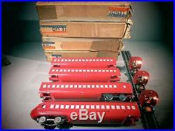 LIONEL PREWAR RAIL CHIEF 4 CAR PASSENGER SET COACHES 792,793,793,794 O. B. WithLIGHT