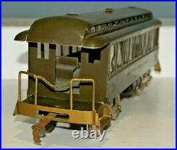 LIONEL PREWAR STANDARD GAUGE No. 29 DAY COACH TRAIN PASSENGER CAR