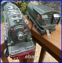 LIONEL-Prewar 263E Engine and 263W Whistle Tender. Great condition, serviced-runs