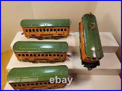 LIONEL TRAINS Winner Lines 1010 & 1011 Pullman Cars Orange Green Prewar O Gauge