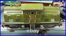 Lionel Pre War 252 Locomotive & 3 Cars