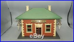 Lionel Prewar O-gauge 124 Lionel City Illuminated Waiting Room Station