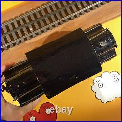 Lionel Prewar Standard Gauge #38 Black Locomotive with Single Motor + track