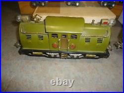 Lionel pre war Electric locomotive 254E Pullman + 3 cars o gauge train