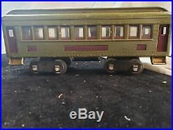 PREWAR LIONEL STANDARD PASSENGER SET W BOX 4 Trains 13 pices of Track 8E 337 338