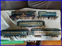 Vintage Lionel prewar standard gauge blue comet set in good original condition